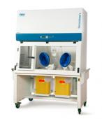 Isoclean® 隔離式製藥操作安全櫃(負壓型)